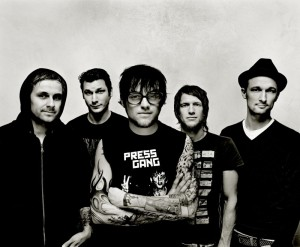 DONOTS_pic1_highres_1
