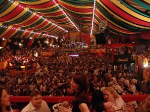Oktoberfest-flickr-Joachim-S-Mueller-2