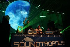 soundtropolis-w&w_3