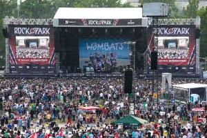 RIP-Samstag-TheWombats-100