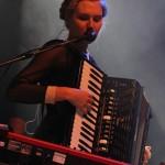 Edward Sharp & The Magnetic Zeros auf dem 23. Tanz- und Folkfestival in Rudolstadt