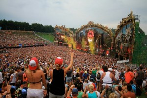 Tomorrowland-2014_1-c-A-Jodocy
