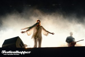 Florence-Machine-Southside-2015-3