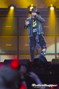 AC/DC und Axl Rose rocken Hamburg, 45000 Fans im Volksparkstadion, Foto: André Havergo
