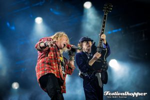 AC/DC mit Axel Rose Düsseldorf ESPRIT arena vor 25000 Fans